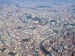 [Luftaufnahme Innenstadt Wien]